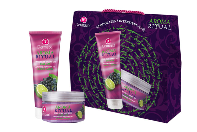 Aroma Ritual gift package with grapes and lime